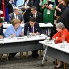 Merkel desestima rumores en torno a su condición de salud