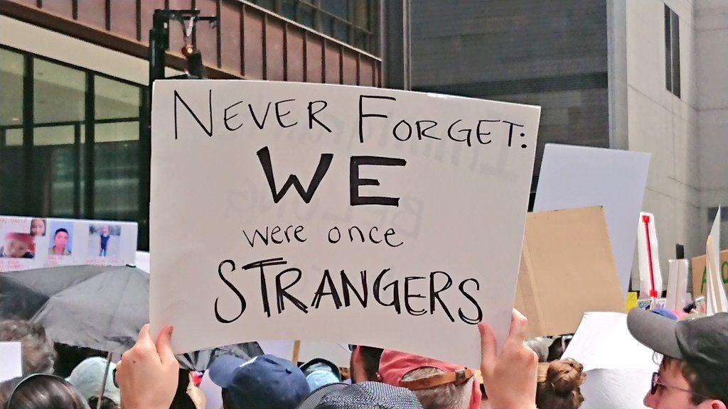 """Miles en Chicago protestaron contra las """"crueles e inhumanas"""" redadas"""