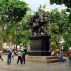 Bolívar resiste empeño de ser borrado de la memoria