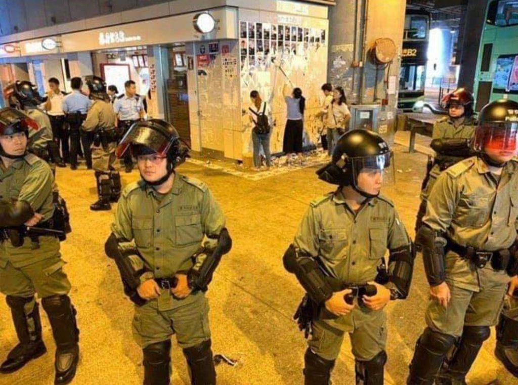Elementos provocadores impulsan disturbios en protestas de Hong Kong