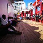 Italia flexibiliza su política respecto a los migrantes