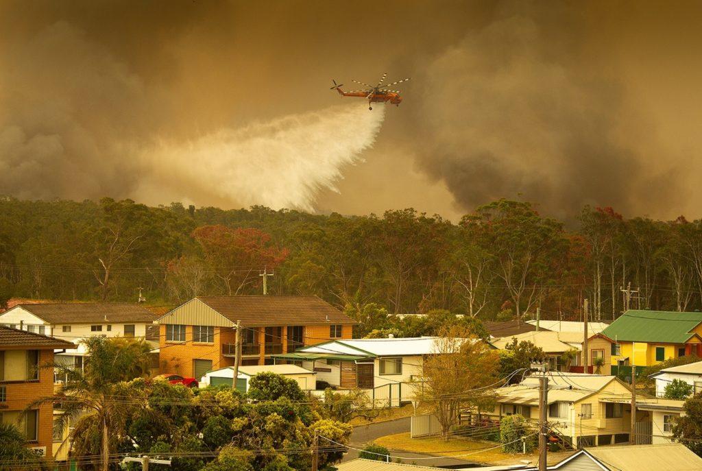 Incendios forestales prenden las alarmas en el este australiano