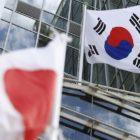 Tokio y Seúl acuerdan limar algunas viejas asperezas