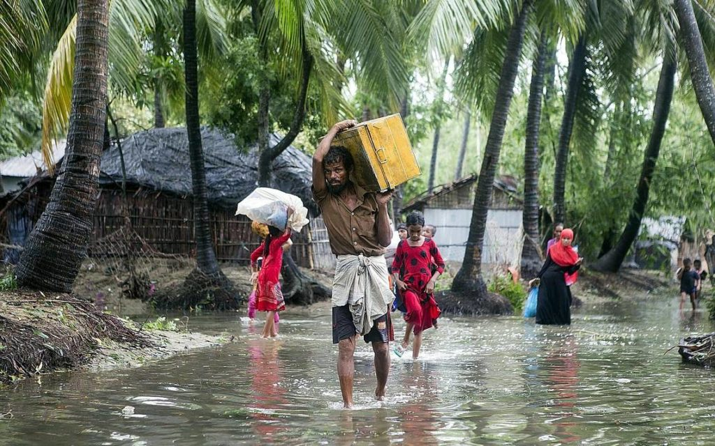 Bangladesh evacúa masivamente ante la llegada de un ciclón