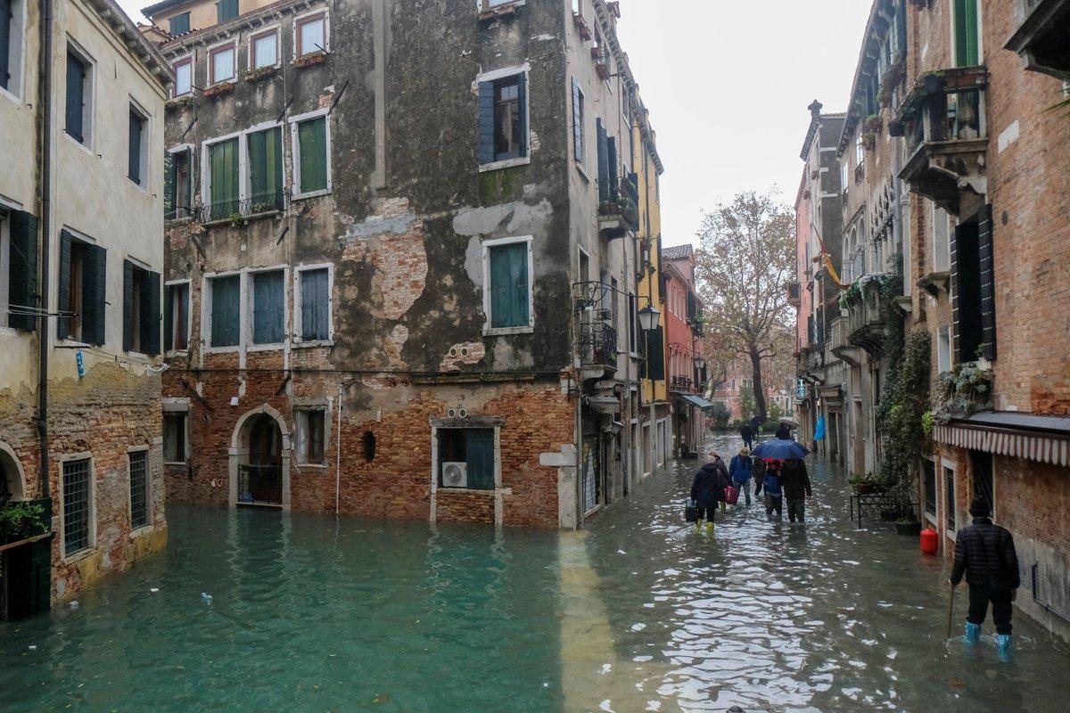 Venecia entre la calma y la alerta ante las crecidas marítimas