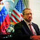 Diplomático estadounidense conspira contra Venezuela desde Colombia