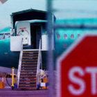 Trabajadores de Boeing revelan más fallas del modelo 737 MAX