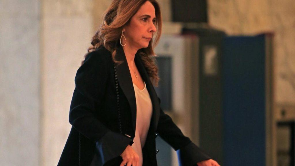 Una ministra libanesa rompe el patriarcado en el área de la defensa árabe