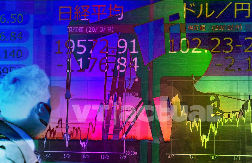 Lunes Negro: caen los precios del petróleo y las Bolsas mundiales