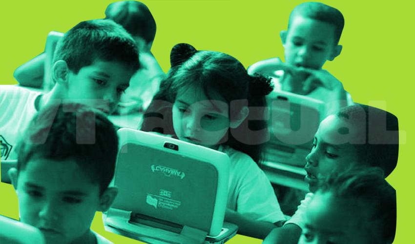 Gobierno venezolano abre consulta popular para la culminación del año escolar a distancia
