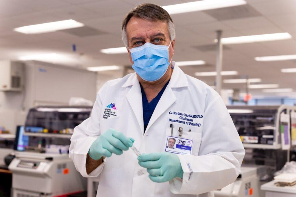 La evolución de la pandemia: Entre el optimismo, la duda y las pugnas por la cura
