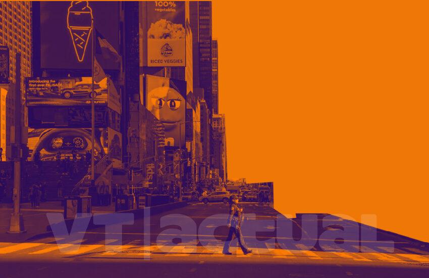 """Nueva York inicia """"reapertura paulatina"""" a pesar de las advertencias"""