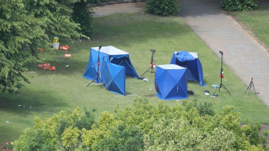 Acto terrorista conmocionó el sábado de una localidad británica