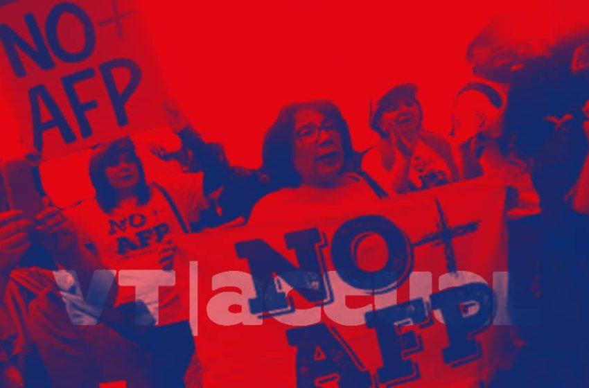#VTactualReportaje ¿Qué cambia en Chile con el golpe a las AFP?