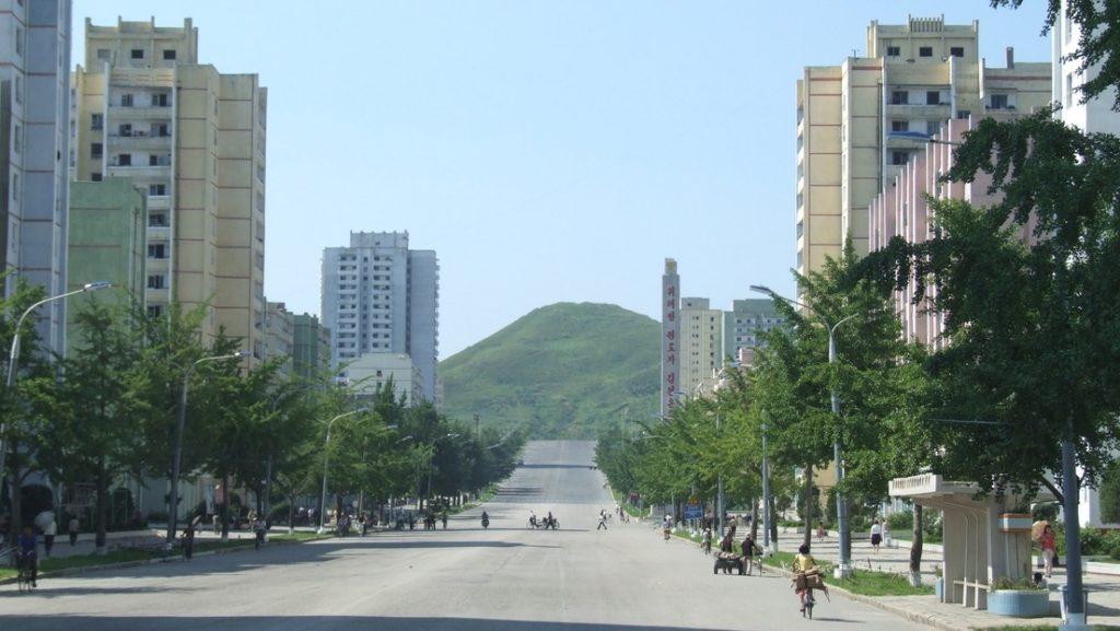 Desertor llevó de vuelta como contrabando el primer caso de Covid a Norcorea