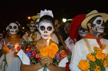 La ciudad invita a compartir fotos del altar del Día de los Muertos