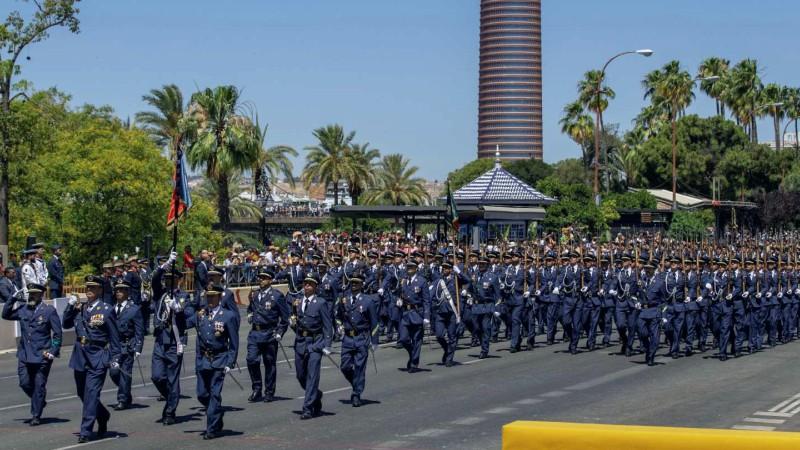 Líder de las fuerzas armadas españolas condena audios de militares retirados