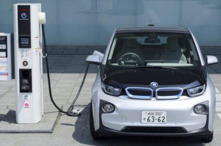 Australia retrocede en uso de vehículos eléctricos por impuestos a conductores