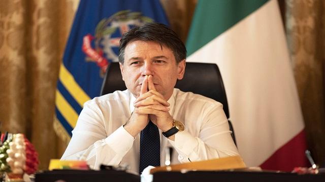 Italia continúa en crisis