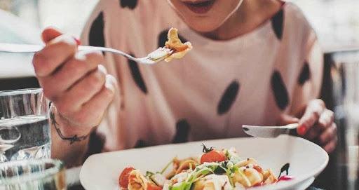 Alimentación sana, cuidados cosméticos y productos para el hogar