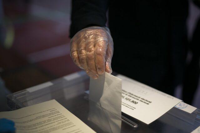 PSC arrasa elecciones en Catalunya