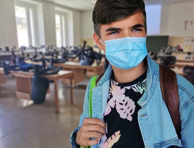 Coronavirus patea a la España política