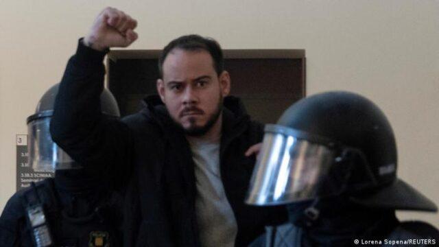 Ira por la libertad de expresión sigue en la calles