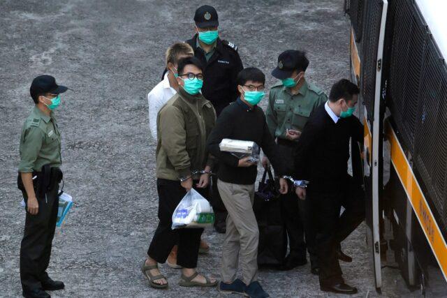 China acorrala a los líderes de las protestas de Hong Kong, algunos son condenados a prisión