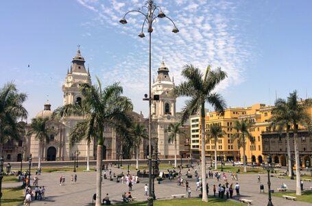 Perú amplía el estado de emergencia en medio de la pandemia de COVID-19