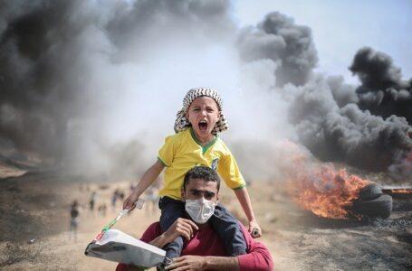 Muere un adolescente palestino en los enfrentamientos y otro israelí tras un tiroteo