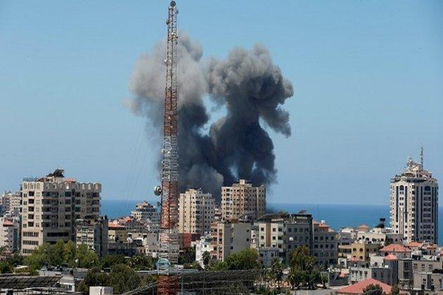 Ahora Israel ataca al Líbano