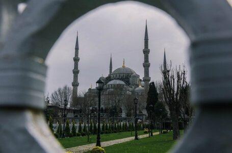 """Turquía celebra una """"nueva era"""" con Egipto tras años de tensiones"""