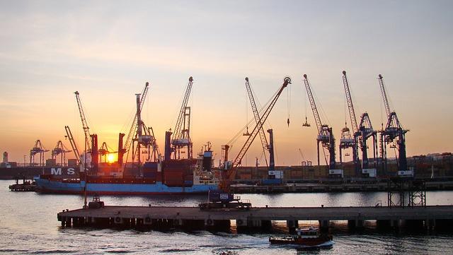 El Canal de Suez dice que se ha llegado a un acuerdo para liberar el nuevo barco incautado