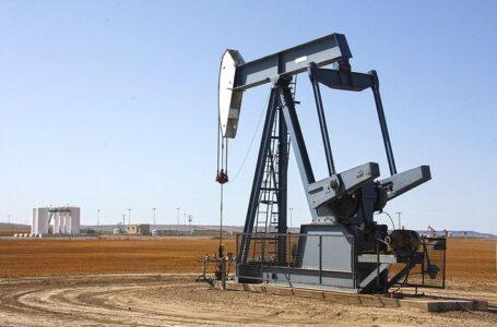 Irán abre una terminal de exportación de petróleo que evita el estrecho de Ormuz