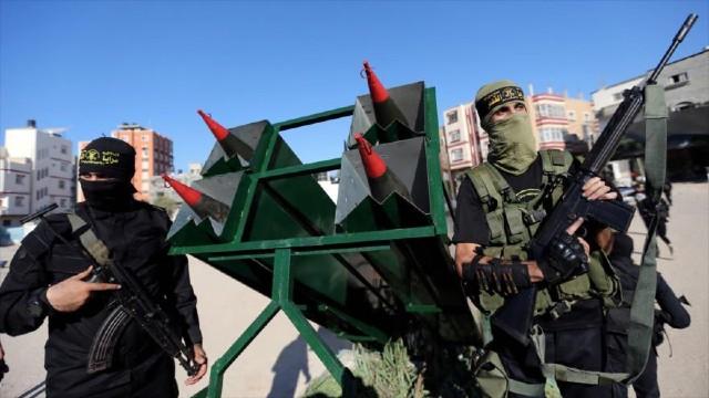 Los palestinos se enfrentan a la ocupación en Al-Quds