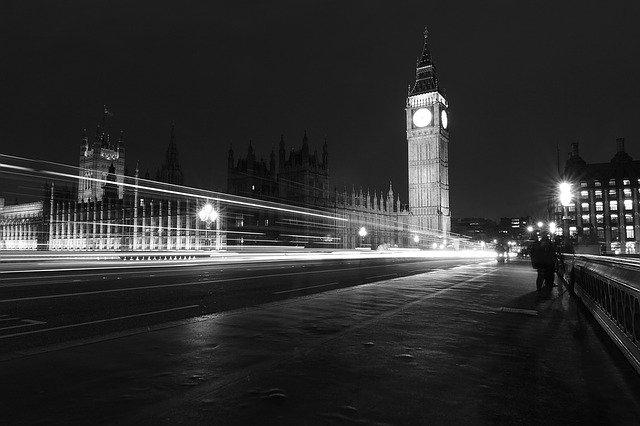 Moscú mejorará los lazos con Londres solo si el Reino Unido está preparado