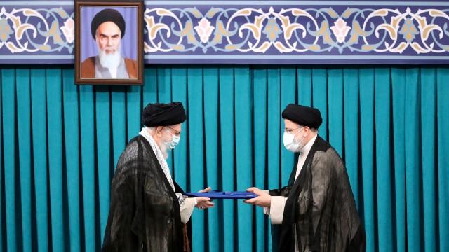El nuevo presidente de Irán promete diplomacia para levantar las sanciones de Estados Unidos