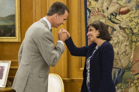 ¿Anne Hidalgo pudiera dar una cachetada a presidente de Francia en las elecciones?
