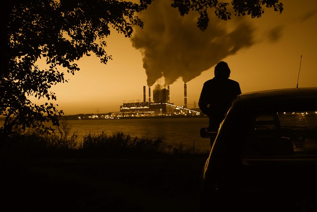 Un estudio examina los efectos de la contaminación atmosférica en el rendimiento cognitivo de los estudiantes